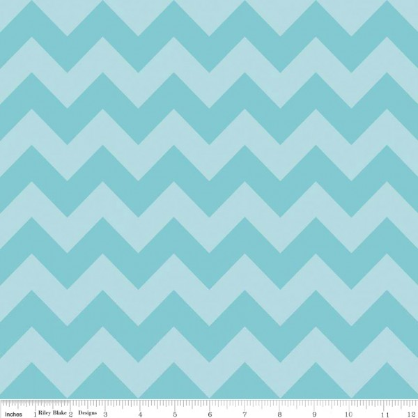 Medium Chevron Tone on Tone Aqua (C380-24 AQUA) von Riley Blake
