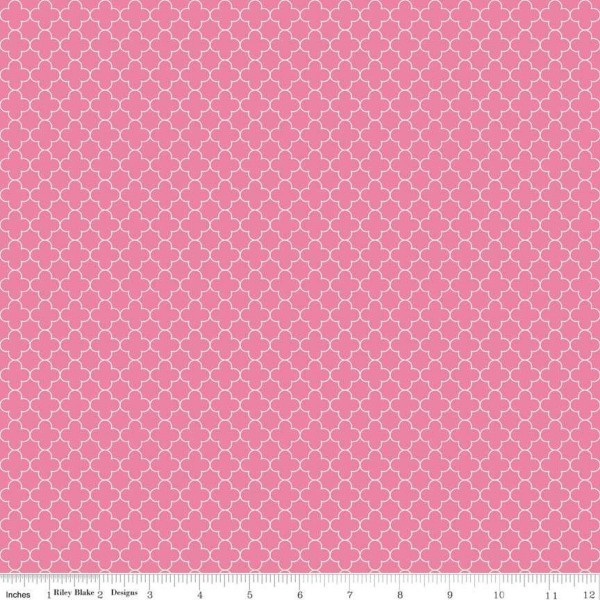 Quatrefoil Mini Pink (C345-70-HOTPINK) von Riley Blake