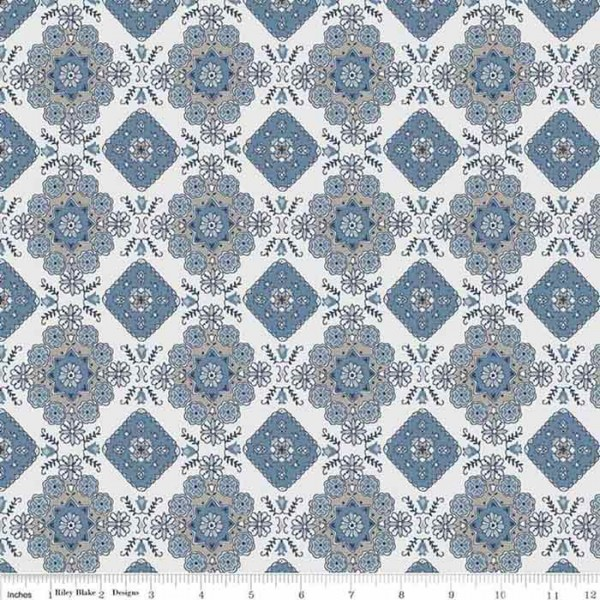 Charming Medallion Blue (C6653) von Riley Blake