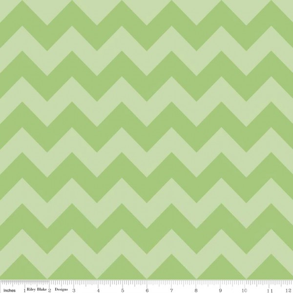 Medium Chevron Tone on Tone Green (C380-31 GREEN) von Riley Blake